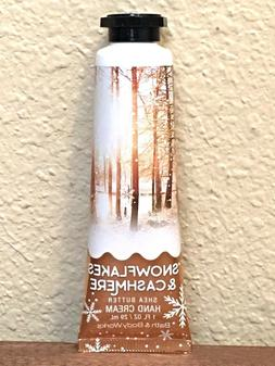 1 BATH & BODY WORKS SNOWFLAKES & CASHMERE HAND CREAM TRAVEL